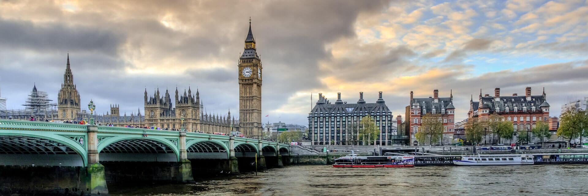 londyn_fedezu_6d20a18032dc86ed333dbe37a23bfe1d